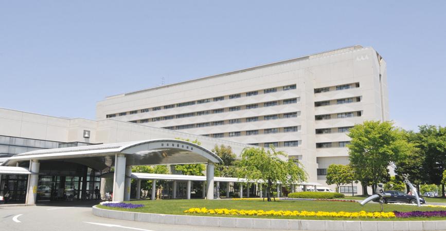 日本海総合病院外観