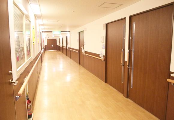 病棟フロア:2009年12月に、お産の部屋.個室を改装いたしました。